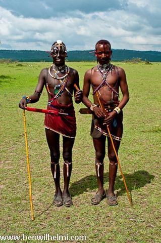Ben Wilhelmi: Masai warriors, spear throwing
